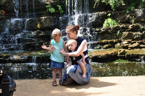 Behind the scenes at a babywearing shoot: Week 48- 11 MONTHS OLD!!